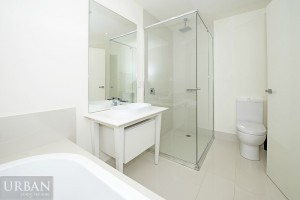 2014_November_The Parc_Kellyville_Bathroom