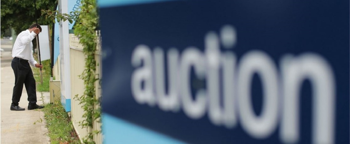 auction-letterbox