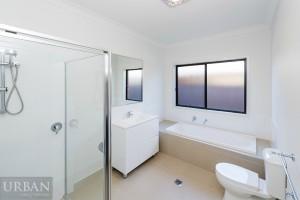 2014_Dec_Jordan Springs_Killuna_Bathroom
