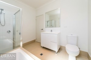 2014_Dec_Jordan Springs_Tengala_Bathroom